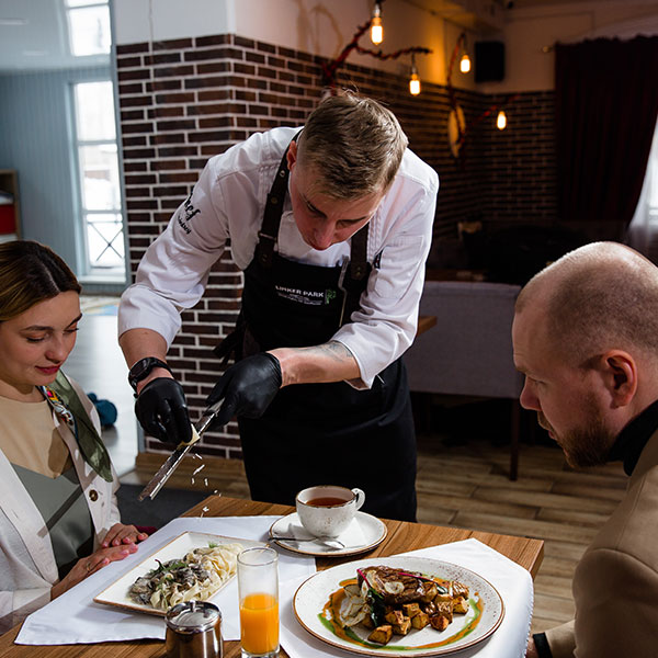 В феврале и марте ресторан Линкер Парк порадует гостей новым сет-меню от шеф-повара Андрея Любицкого