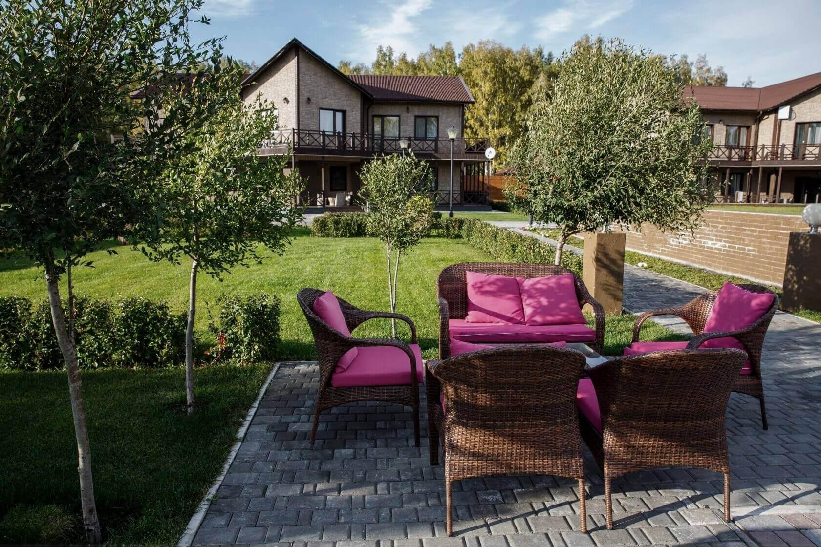 Отдых в Линкер Парк в летнее время дает возможность насладиться свежим воздухом, тишиной и единением с природой