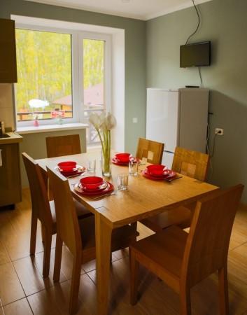 Четырехместные номера в Apart Hotel Линкер Парк оборудованы всем необходимым для отдыха компании или семьи