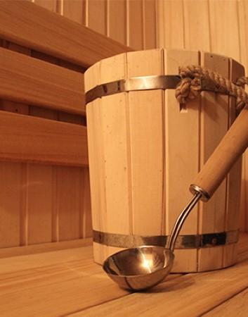 Наши сауны имеют отделку из редкого и ценного дерева абаши, которое сохраняет в жару комфортную температуру