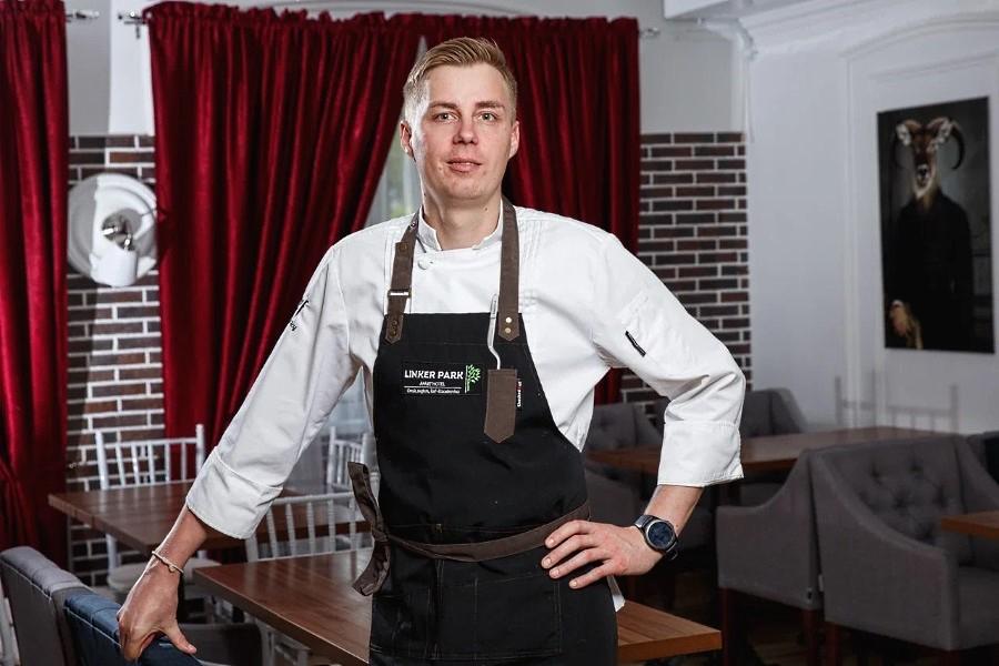 Шеф-повар Apart Hotel Линкер Парк Андрей Любицкий приглашает в ресторан и обещает удивить гостей своим искусством