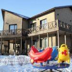 Территория Apart Hotel Линкер Парк в зимнее время в фотогалерее на сайте, фото 3