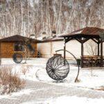 Беседка с мангалом и Гриль-хаус на территории Apart Hotel Линкер Парк в зимнее время в фотогалерее на сайте, фото 7