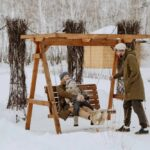 Для семейного отдыха зимой в Линкер Парк имеются качели, горка, каток и другие развлечения, фото 9