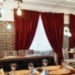 Ресторан для банкета и других мероприятий в Линкер Парк, интерьер и мебель на фото 3