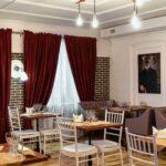 Ресторан для банкета и других мероприятий в Линкер Парк, интерьер и мебель на фото 4