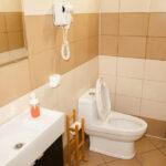 В каждой сауне для гостей «Линкер Парк» оборудованы современные туалетные комнаты, фото 23
