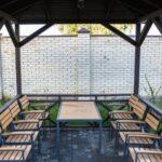 Аренда мангальной зоны на 8 человек в Линкер Парк для отдыха за городом доступна в любое время года