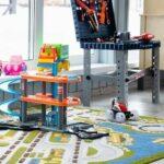 Занимательные и познавательные игры для детей разного возраста в детской комнате в Линкер Парк