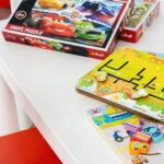 Настольные игры для детей младшего и среднего возраста и яркая безопасная пластиковая мебель